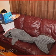 Shark Blanket Adult Size - YARNutopia