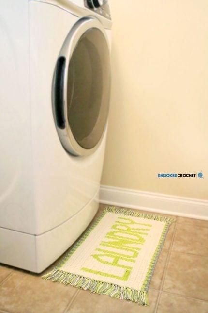 Tapestry-Crochet-Laundry-Rug