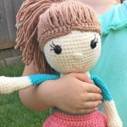 Little doll crochet / Miniature doll crochet /Part 1 / Legs and ... | 263x263