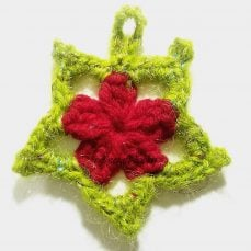 Crochet Christmas Star Pattern and Tutorial