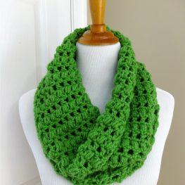 https://www.fiberfluxblog.com/2014/03/free-crochet-patterncilantro-cowl.html
