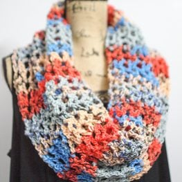 Sunrise Sky Mesh Cowl by Katie Clary