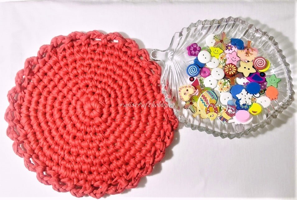 T-shirt Yarn Round Tablemat Tutorial