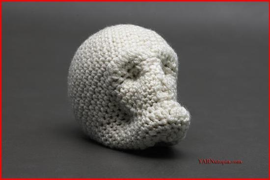 How to Crochet Around Mache-Skull