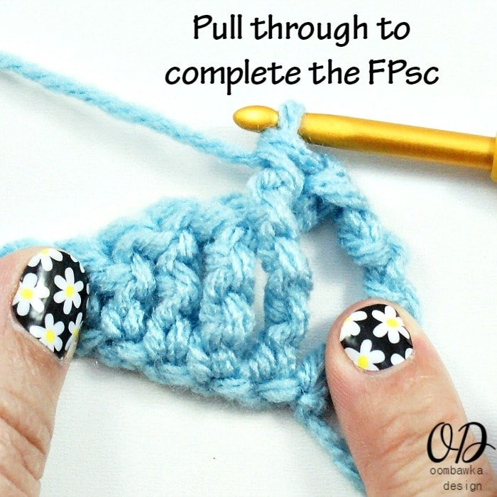 Learn how to crochet the front post single crochet (FPsc) stitch with this photo tutorial.