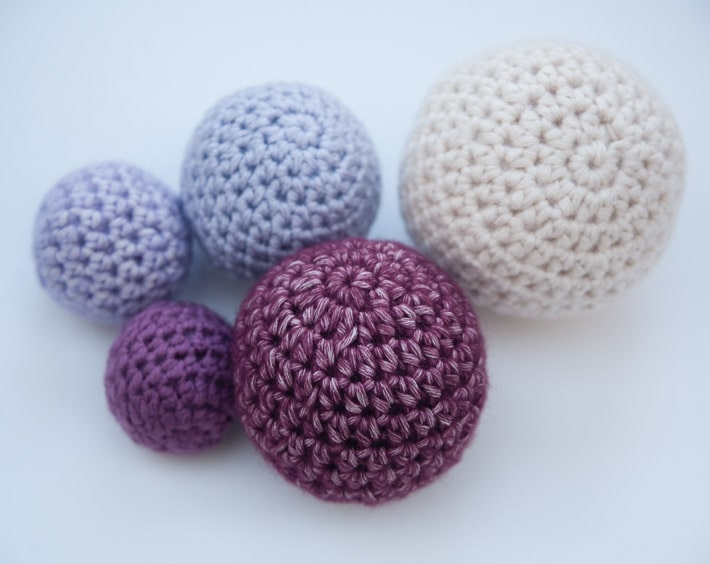Crocheting Jobs : Crochet Balls in Any Size Tutorial ? Free Crochet Tutorials