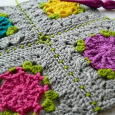 Joining Crochet Squares (sc 1, ch 1, sk 1) Join Tutorial