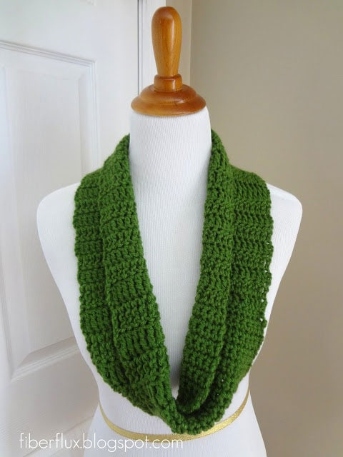 Crochet Class Cowl Pattern and Tutorial