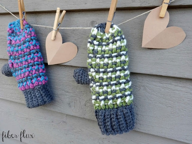 Learn how to crochet a pair of Sleigh Ride Mittens with these tutorials!